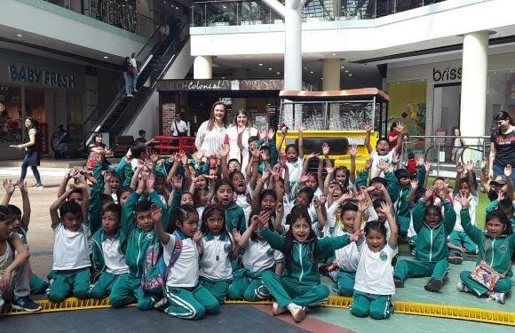 Niños de  Totoró visitaron CAMPANARIO centro comercial